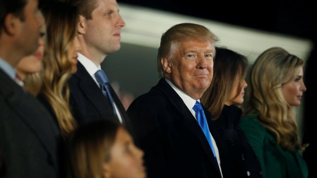 Donald Trump, entouré par sa famille à la veille de son assermentation