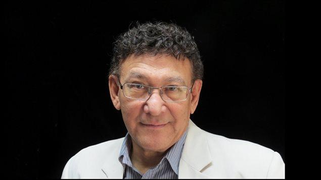 El autor colombiano-canadiense Teobaldo Noriega