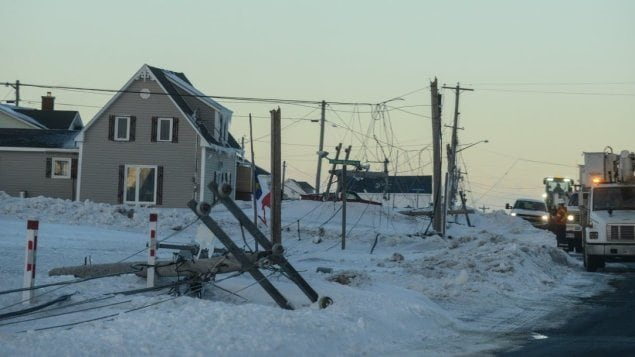Le travail est compliqué pour les équipes d'Énergie NB dans la Péninsule acadienne.