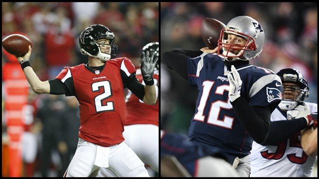 A gauche: Matt Ryan, quart-arrière des Falcons d'Atlanta. A droite: Tom Brady, quart-arrière des Patriots de la Nouvelle-Angleterre.