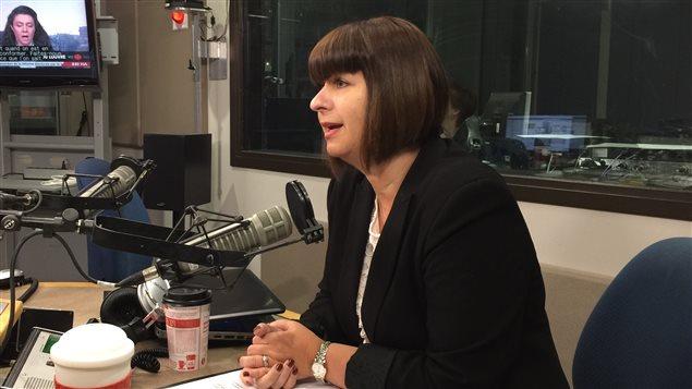 Marie-France Lalonde, députée d'Ottawa-Orléans, ministre déléguée aux affaires francophones et ministre de la Sécurité communautaire et des Services correctionnels