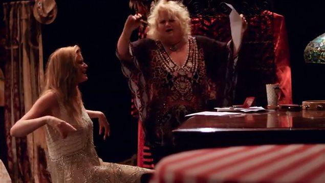 Tara Van Der Kolk colaboró con Yolanda en la música y letra de las canciones.