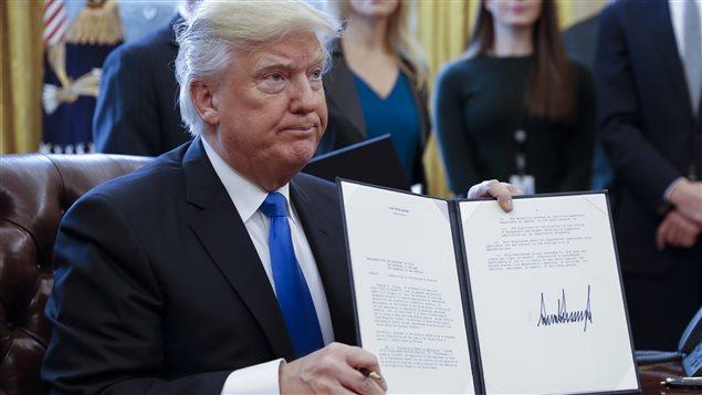 Donald Trump ofrece a Canadá construir puentes