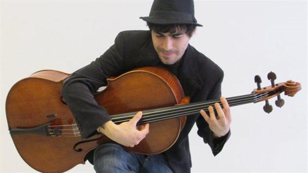 Delgado y una nueva forma de apreciar al violonchelo.