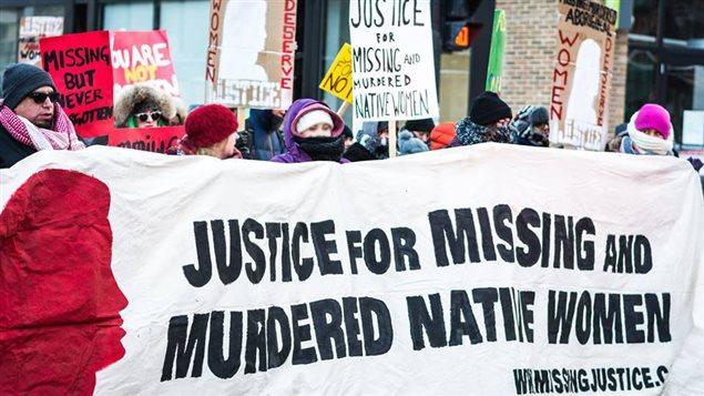 Acción de Missing Justice el día de San Valentín 2016.
