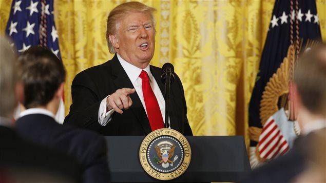 El presidente de Estados Unidos, Donald Trump, regañando a los medios el 16 de febrero 2017, en una conferencia de prensa.