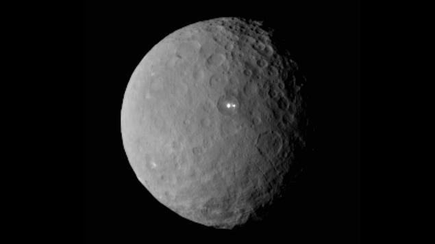 La planète Cérès vue de la sonde Dawn, à une distance de près de 46 000 km