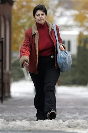 Walking more can help prevent diabetes and hypertension and the complications that can affect the heart, the brain, the blood vessels, the kidneys and the eyes.