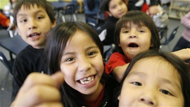 Des enfants autochtones