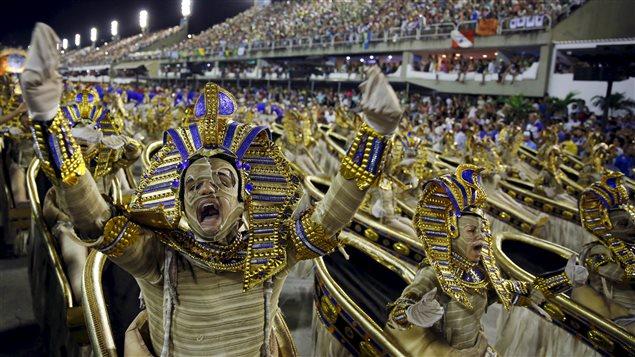 El carnaval es una de las principales fiestas en Brasil.