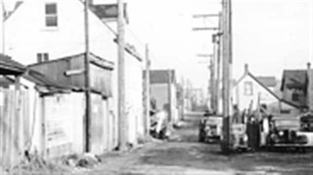 La ruelle Hogan's Alley à Vancouver, en 1958