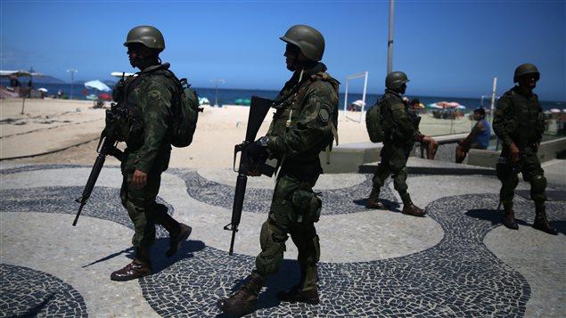 La seguridad fue reforzada en la playa de Copacabana.
