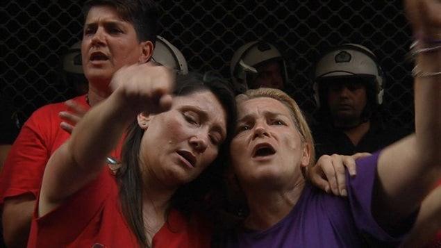 Image du documentaire Combat au bout de la nuit de Sylvain L'Espérance.