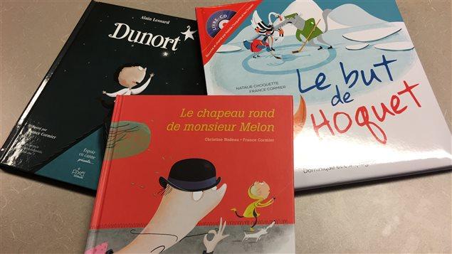 Des livres jeunesses où nous retrouvons des illustrations de la Gatinoise France Cormier