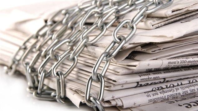 Selon Reporters sans frontières, la liberté de la presse est malmenée dans plusieurs pays du monde, y compris dans les nations démocratiques