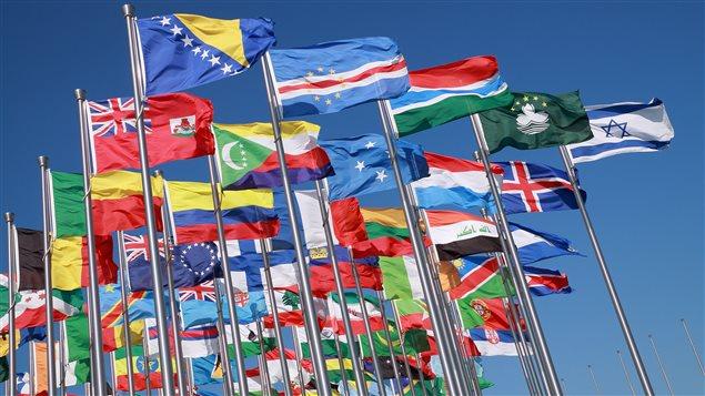 Seulement une dizaine de pays dans le monde accordent le droit de vote à certains ou bien à tous les résidents étrangers lors des élections nationales.