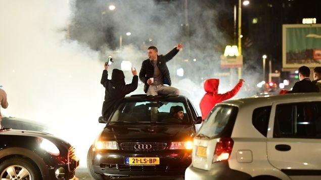 Des manifestants pro-turcs à Rotterdam