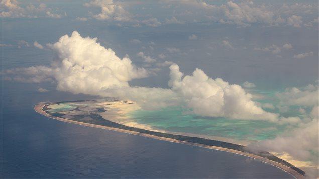 L'archipel Kiribati, dans l'Océan Pacifique, est lentement submergé par la mer.