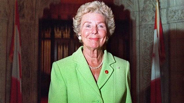 Betty Kennedy en 2001. (JONATHAN HAYWARD / THE CANADIAN PRESS)