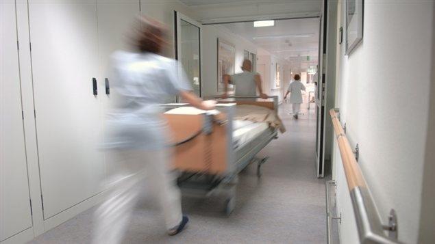 Selon le syndicat des Teamsters, 700 membres de la section locale 419 vont manifester pour dénoncer l'absence d'équité salariale dans les hôpitaux de la région de Toronto.