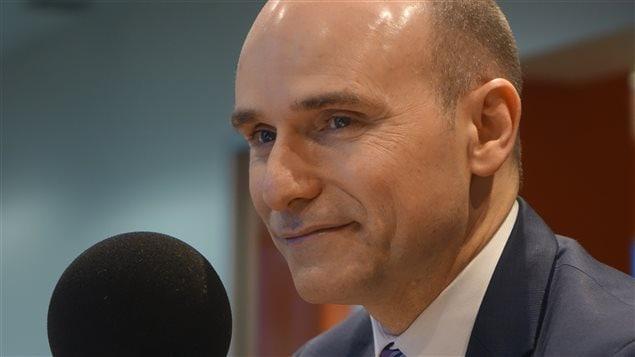 وزير التنمية الاجتماعية جان إيف دوكلو