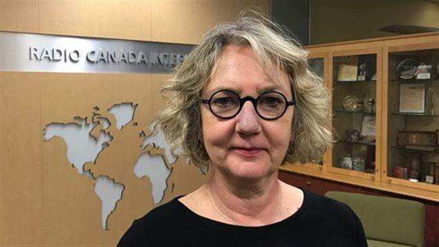 La escritora canadiense Cora Siré.