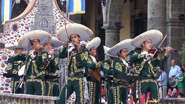 Un ensembre de mariachis à Gadalajara au Mexique (2006)