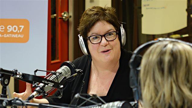 Lucie Joubert, professeure titulaire et directrice du Département de français à l'Université d'Ottawa