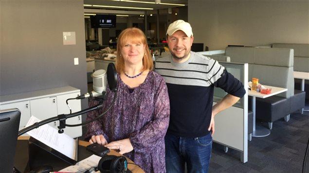 Une photo d'Anne Gingras (gauche) et Eric Robitaille (droite).