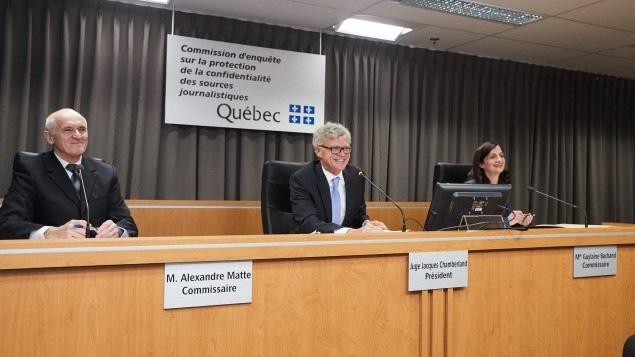 Le président de la commission, Jacques Chamberland, et les commissaires Alexandre Matte et Guylaine Bachand, lors des audiences sur les demandes de statut, en février dernier.