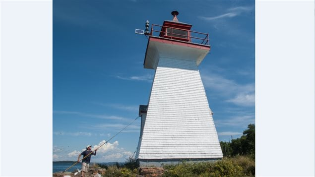 Experience Canada's great outdoors: Become a lighthouse
