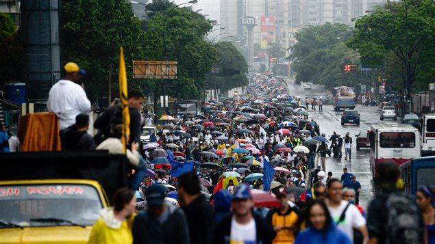 Manifestación de la oposición venezolana el jueves 13 de abril 2017 en Caracas.