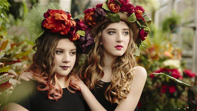 Les filles de Sherri Hrycay portent ses créations.