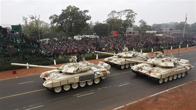 Indian Army's T-90 Bhishma tanks take part in a full dress rehearsal for the Republic Day parade in New Delhi January 23, 2015.