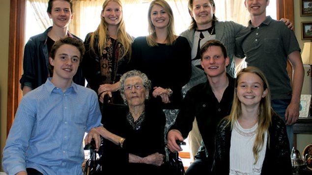 مع الأحفاد