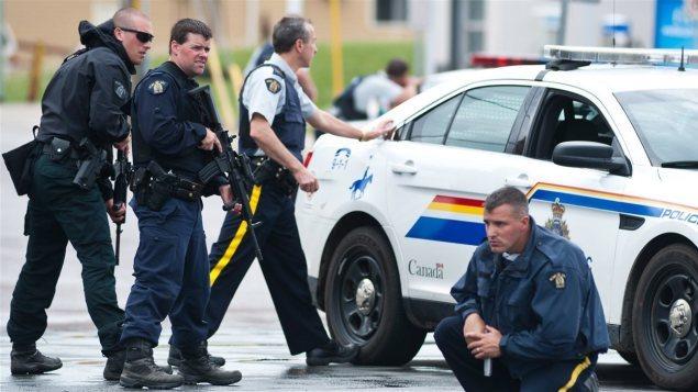 Policiers en intervention à la suite de la fusillade à Moncton.