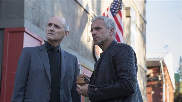 Colm Feore et Patrick Huard dans une scène de Bon Cop, Bad Cop 2