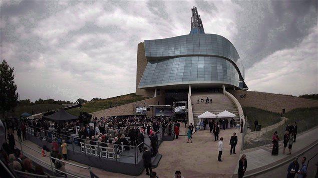 Apertura del Museo Canadiense para los Derechos Humanos en Winnipeg, el 17 de septiembre 2014.