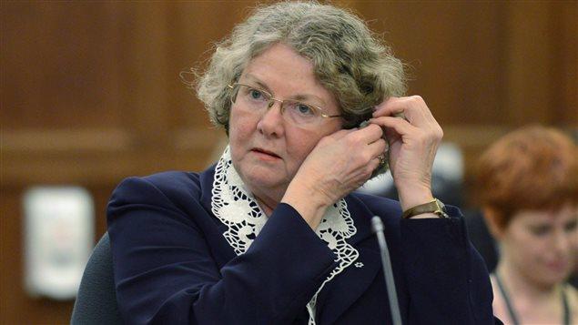 Mary Dawson, Comisionada a la Ética de Canadá.