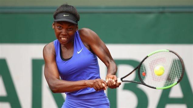 Eugenie Bouchard se sort du pétrin — Roland-Garros