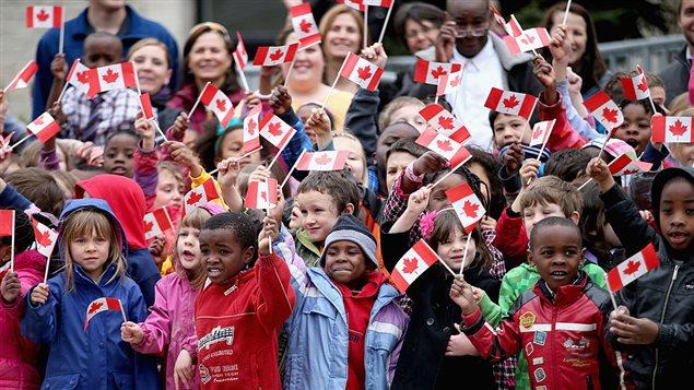 Des enfants canadiens