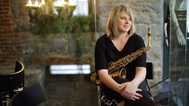 Christine Jensen, saxophoniste et compositrice de jazz.