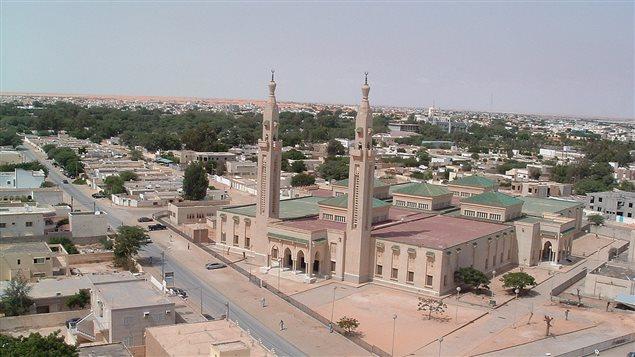 مسجد المدينة المنورة المعروف أيضاً بالمسجد السعودي في العاصمة الموريتانية نواكشوط (أرشيف).