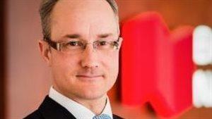 Claude Breton, vice-président aux affaires publiques de la Banque Nationale