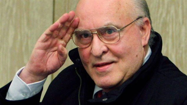 Le négationniste allemand Ernst Zündel est mort.