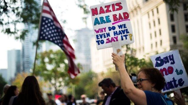 多伦多反种族主义示威者担心加拿大的极右翼势力
