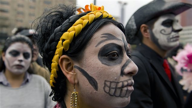 Des gens manifestent à Mexico contre augmentation de la violence liée au narcotrafic au Mexique