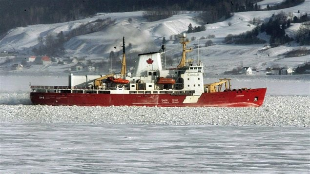 The Canadian Coast Guard icebreaker Amundsen will visit 14 remote communities and welcome on board residents who want to participate in the health survey.