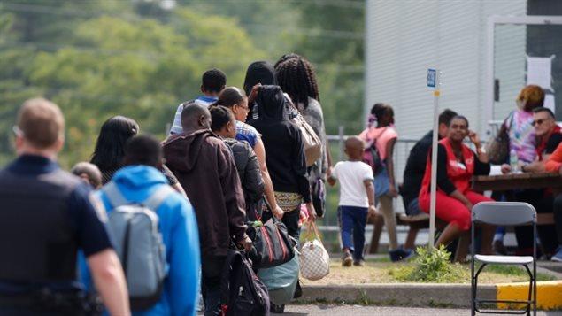 8月份以来每天有大量海地人从美国涌入魁北克
