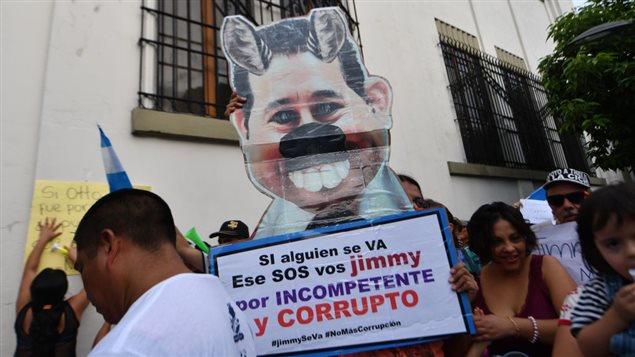 Manifestaciones en Guatemala contra el ex humorista y ahora presidente de Guatemala, Jimmy Morales, acusado de corrupción.